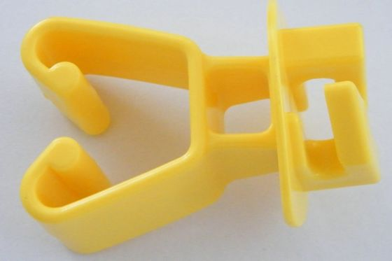 Yellow HDPE Chain Link Insulator for Electric Fencing System